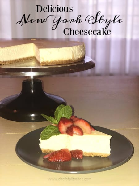 Cheesecake with strawberries and mint